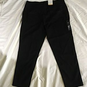 Style & Co Jeans - Style& Co Slim Leg Petite Black Jeans size 16 PS